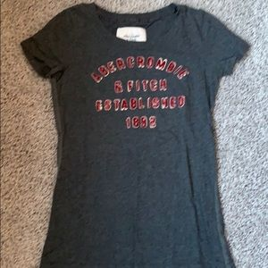 Abercrombie & Fitch T-Shirt (Girls)